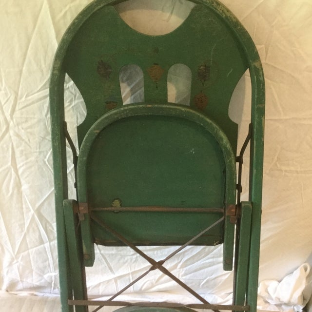 1920s Vintage Louis Rastetter & Sons Green Wood Folding Chairs - a Pair For Sale - Image 11 of 13