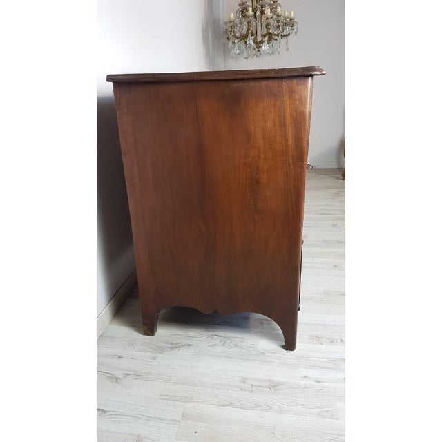 18th Century Italian Louis XV Inlaid Wood Chest of Drawers For Sale - Image 6 of 13