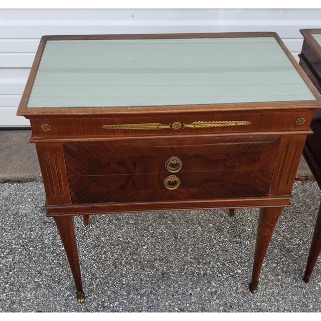 Brown 1950's Italian Mid-Century Modern Burled & Matched Paolo Buffa Manner Nightstand or End Table - a Pair For Sale - Image 8 of 12