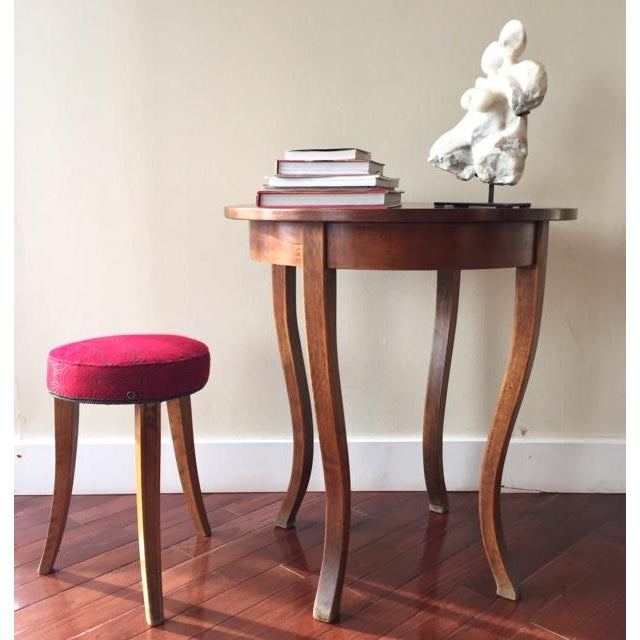 Early 20th Century French Art Deco Wood and Red Fabric Round Stool For Sale - Image 4 of 10