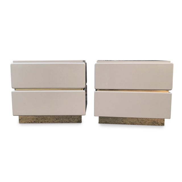 Vintage Lane Brass and Lacquered Nightstands-A Pair For Sale - Image 10 of 12