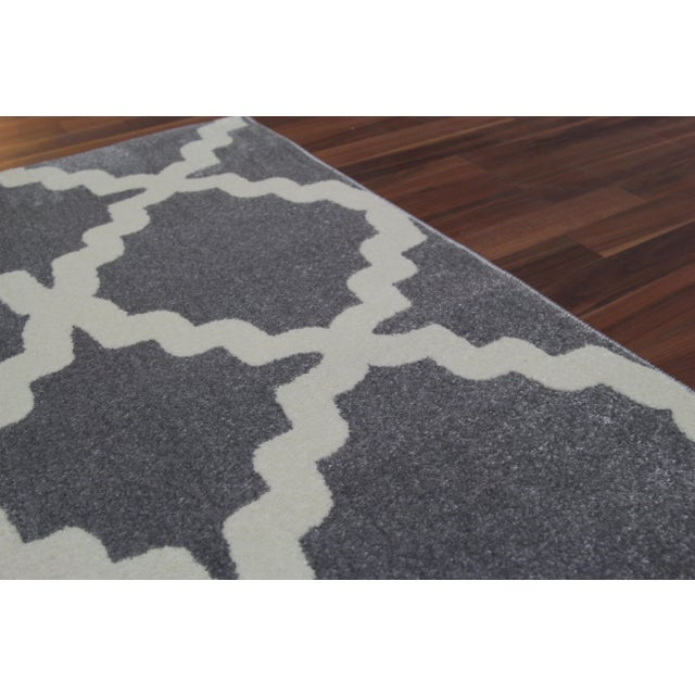 Gray Trellis Patterned Rug - 2'8''x10' - Image 3 of 4