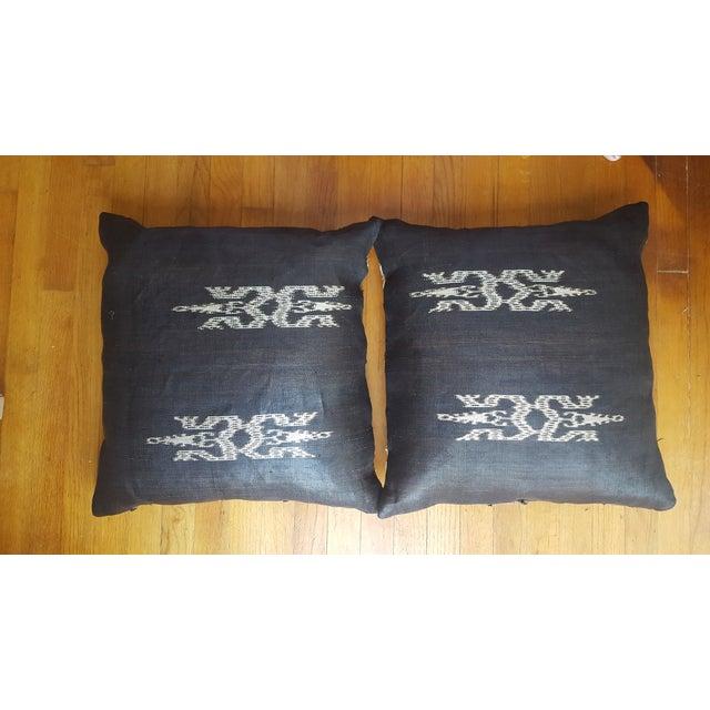 African Kuba Cloth Pillows- A Pair - Image 3 of 3