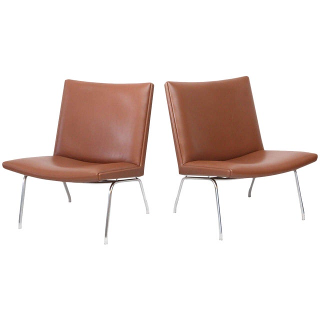 Hans Wegner AP 39 Lounge Chairs For Sale
