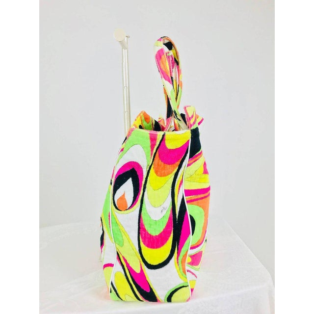 Emilio Pucci Pucci Velvet Terry Beach Tote and Matching Beach Towel For Sale - Image 4 of 13