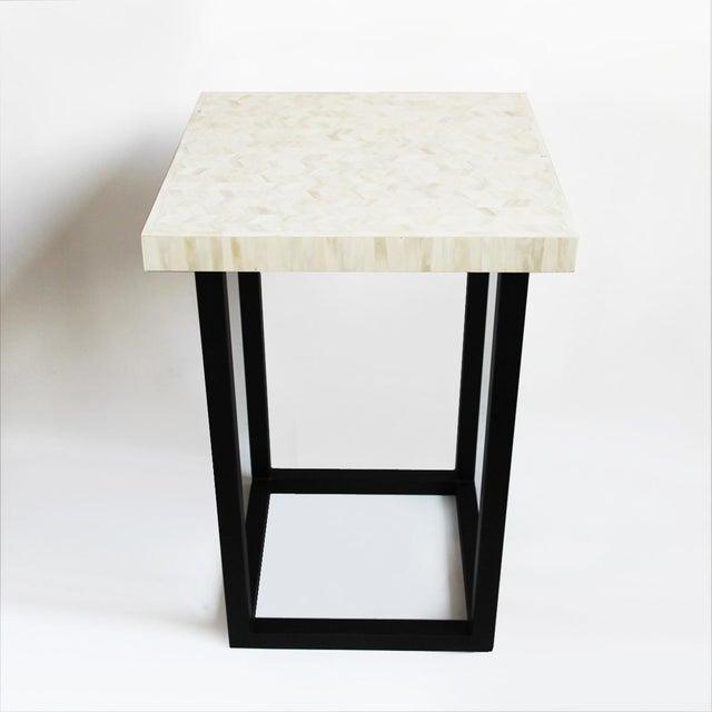 White Herringbone Inlay Side Table - Image 4 of 4