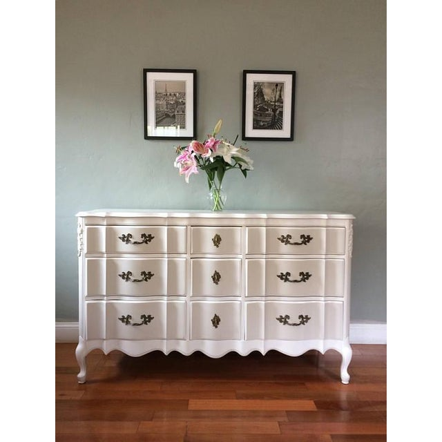 Solid Wood Two-Tone French Provincial Dresser - Image 3 of 9