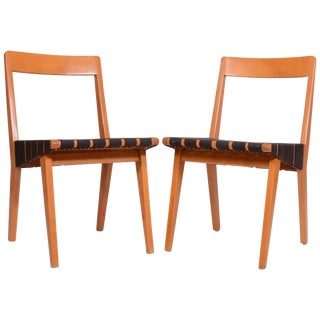 Jens Risom 666 Side Chairs for Knoll - a Pair For Sale