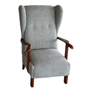 Danish 1940s Fritz Hansen Model 1582 Wingback Lounge Chair in Grey Boucle For Sale