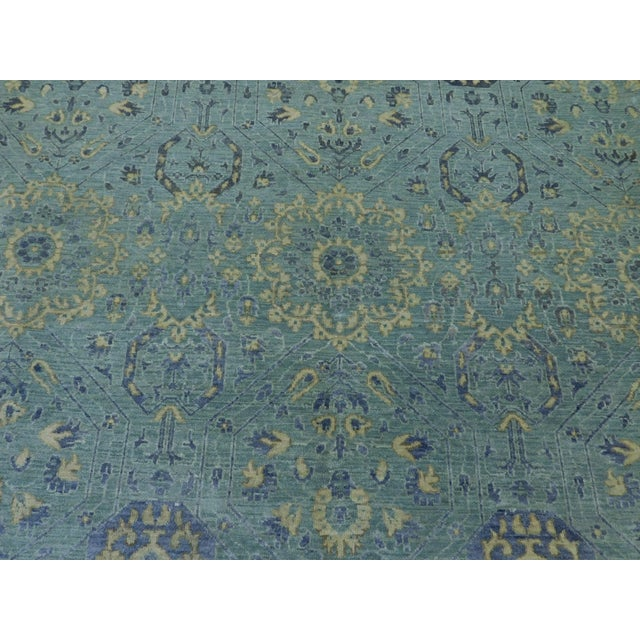 """Farahan Hand-Knotte Rug - 8'2"""" Round. For Sale In Los Angeles - Image 6 of 10"""