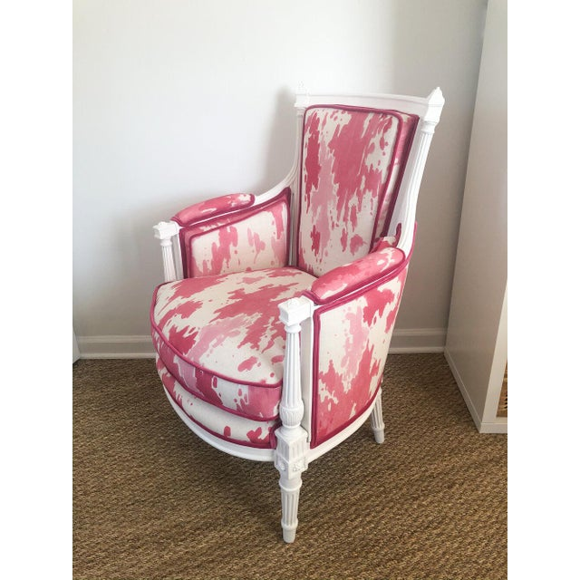 Coco is a Louis XVI bergère chair who was in need of new paint and new cushion foam. We loved her fluted lines and floral...