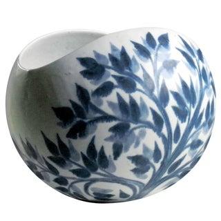 Vintage Blue Leaf Pattern Salad Bowl For Sale