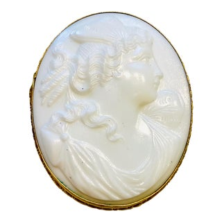 Large Victorian White Shell Cameo Pin in 10 Karat Gold For Sale