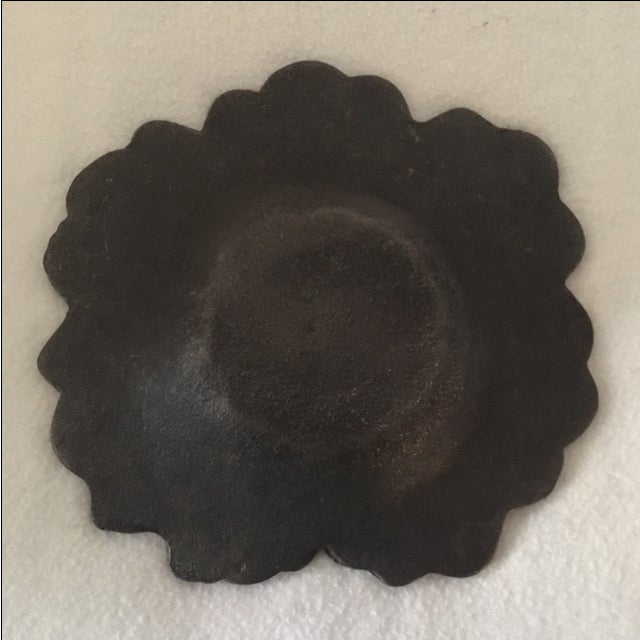 Hammered Cast Iron Trinket Bowl - Image 5 of 6