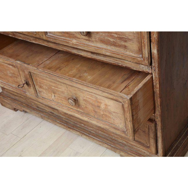 Rustic 17th Century Italian Poplar Commode With Four Drawers For Sale - Image 4 of 5