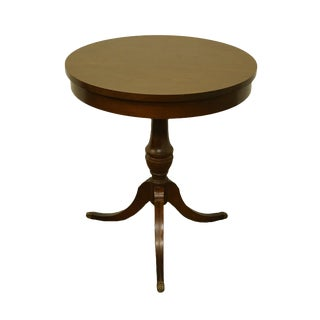 "20th Century Traditional Mersman Furniture Walnut 23"" Round Accent Gueridon Table For Sale"