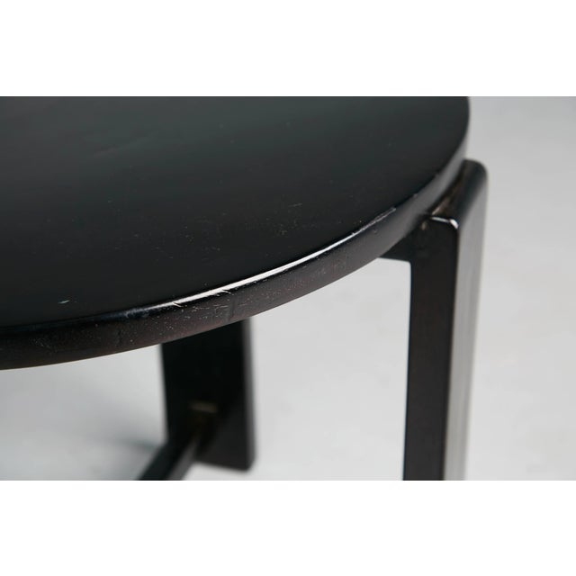 1940s French Art Deco Cocktail Nesting Table and Leather Stools Set For Sale - Image 9 of 11
