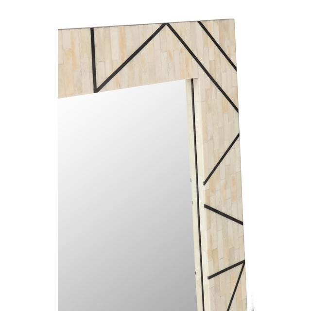 Contemporary Contemporary Bone Inlay and Resin Framed Carolyn Mirror, White For Sale - Image 3 of 4