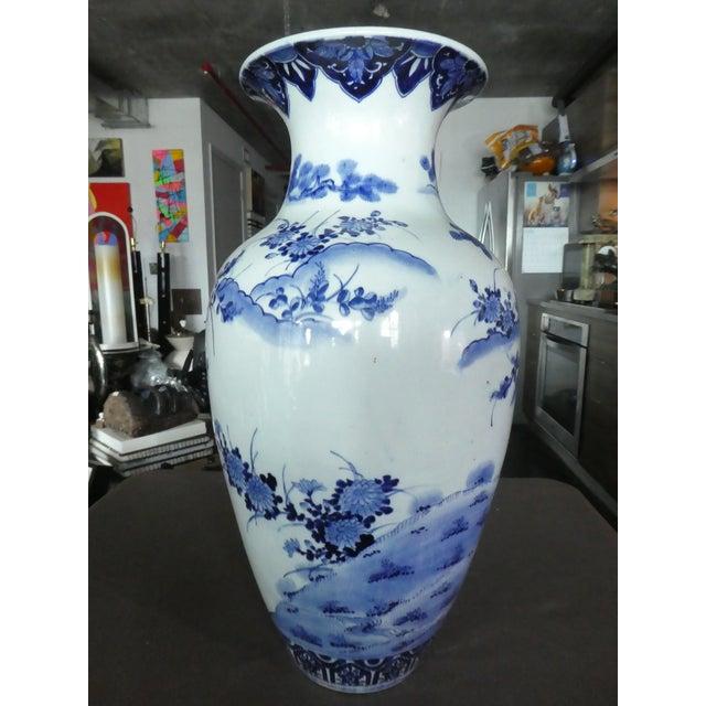 Palace Size 19th Century Antique Japanese Imari Vase For Sale - Image 4 of 10