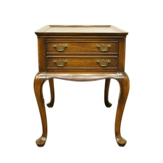 20th Century French Provincial Hekman Furniture Accent Table For Sale