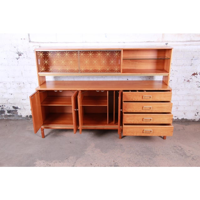 1950s Kipp Stewart for Drexel Sun Coast Cherry Wood Sideboard Credenza, 1959 For Sale - Image 5 of 13