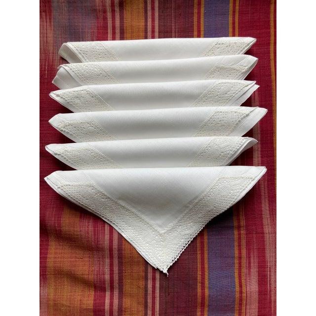 Traditional Vintage White Linen Cocktail Napkins- Set of 6 For Sale - Image 3 of 3