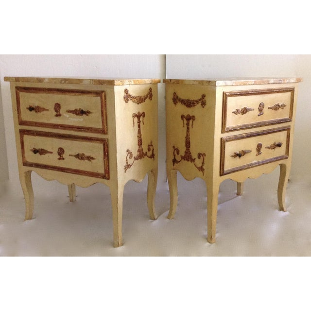 French Italian Venetian Parcel Gilt Night Tables - a Pair For Sale - Image 3 of 10