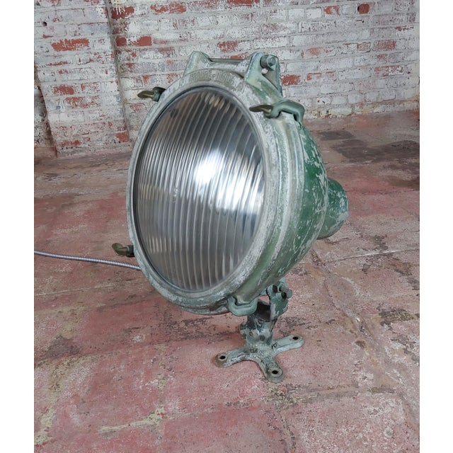 Crouse-Hinds -1930s Vintage Nautical & Industrial Spot Light For Sale - Image 10 of 10