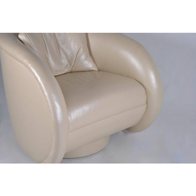 1980s Chair and Ottoman by Preview Furniture in Pearlized Leather - Image 7 of 8