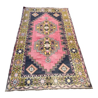 "Vintage Bohemian Wool Pink Rug-3'8x6'8"" For Sale"