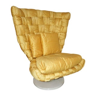 1970s Vintage Marzio Cecchi Italian Gold Yellow Silk Swivel Armchair For Sale