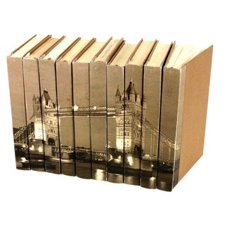 Image Collection London Bridge Books - Set of 10 For Sale