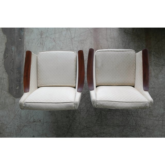 Danish Midcentury Pair of Lounge Chairs in Walnut in the Style of Ole Wanscher For Sale - Image 9 of 10