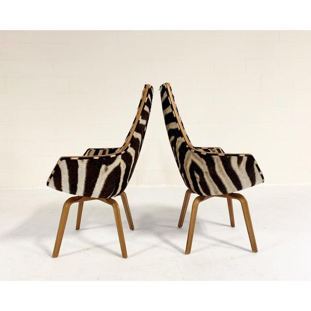 Mid-Century Modern Rare Arne Jacobsen for Fritz Hansen Giraffe Chairs Restored in Zebra Hide - Pair For Sale - Image 3 of 11