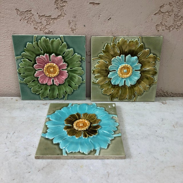 French Majolica Flowers Tiles, circa 1890 For Sale - Image 4 of 6