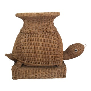 Vintage Wicker Turtle Plant Stand End Table For Sale