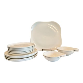 Vintage Russell Wright American Dinnerware Set- 15 Pieces For Sale
