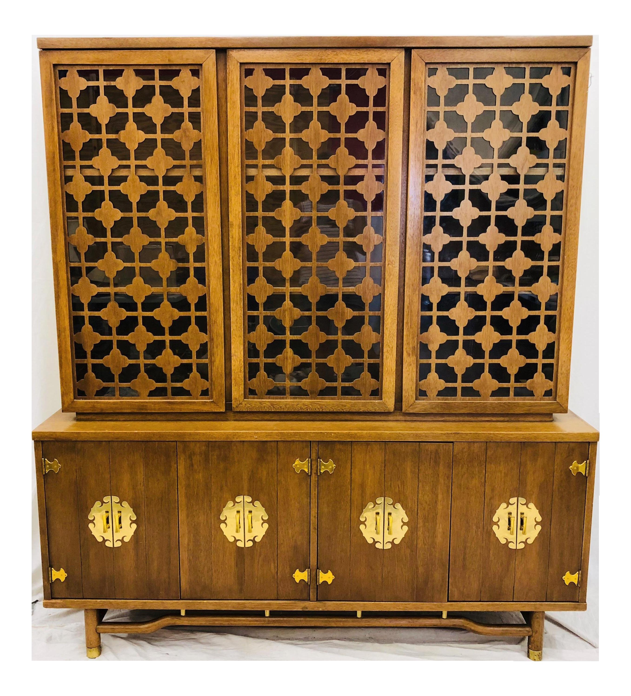 Vintage Mid Mod China Cabinet