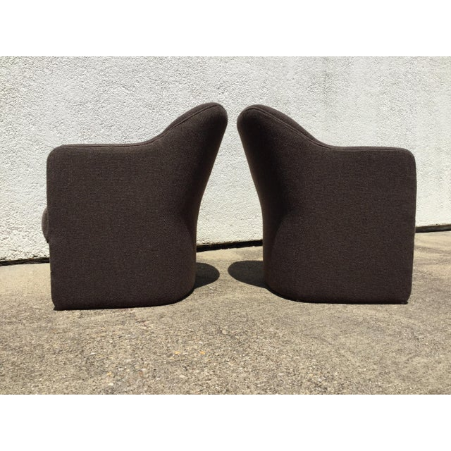 1980s 1980s Vintage Milo Baughman for Thayer Coggin Barrel Back Tub Accent Chairs- A Pair For Sale - Image 5 of 12