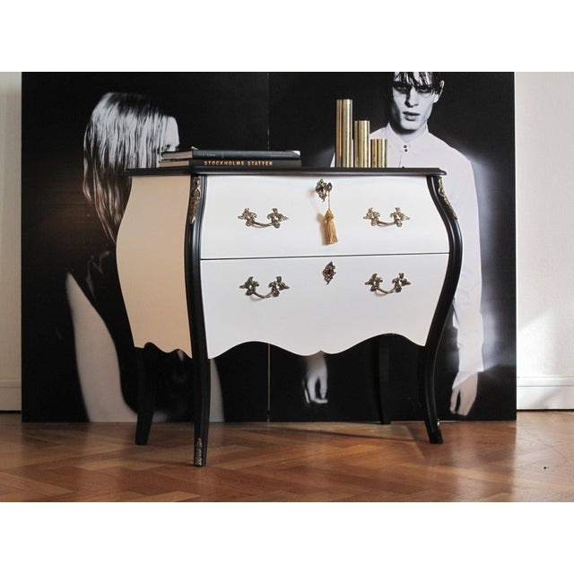Modern Rococo Chanel Antique Chest (DaVinci Collection) For Sale - Image 3 of 5