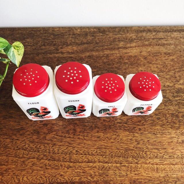 Vintage Tipp City Roosters Shakers Set: Salt, Pepper, Flour, and Sugar - Set of 4 For Sale - Image 4 of 6