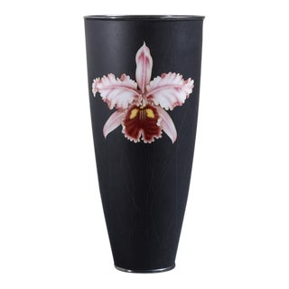 A Japanese Black Ceramic Beaker by Ando circa 1950/60s For Sale