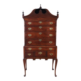 Mid 18th Century Queen Anne Bonnet Top Highboy For Sale