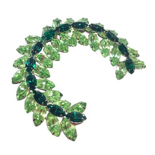 Green Rhinestone Wreath Brooch For Sale