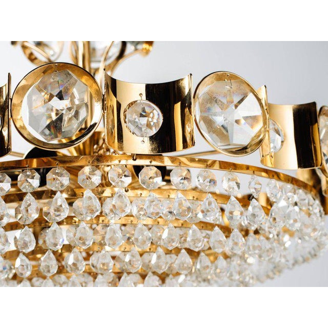 Mid-Century Modern Jeweled Cut Crystal and Gold Chandelier by Lobmeyr For Sale In Miami - Image 6 of 10