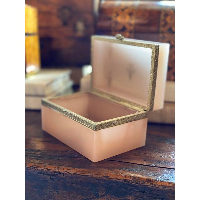 Antique Salmon Peach Opaline Fleur de Lis Jewelry Casket For Sale - Image 9 of 10