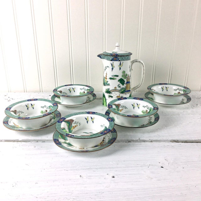 John Aynsley 1910s Asian Inspired English China Finger Bowls With Under Plates and Syrup Pitcher - 12 Piece Set For Sale - Image 12 of 12