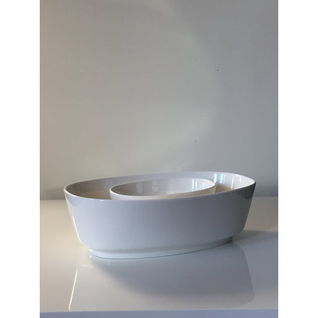 Villeroy & Boch Affinity White Premium Porcelain Oval Salad Bowl - A Pair For Sale In Boston - Image 6 of 6