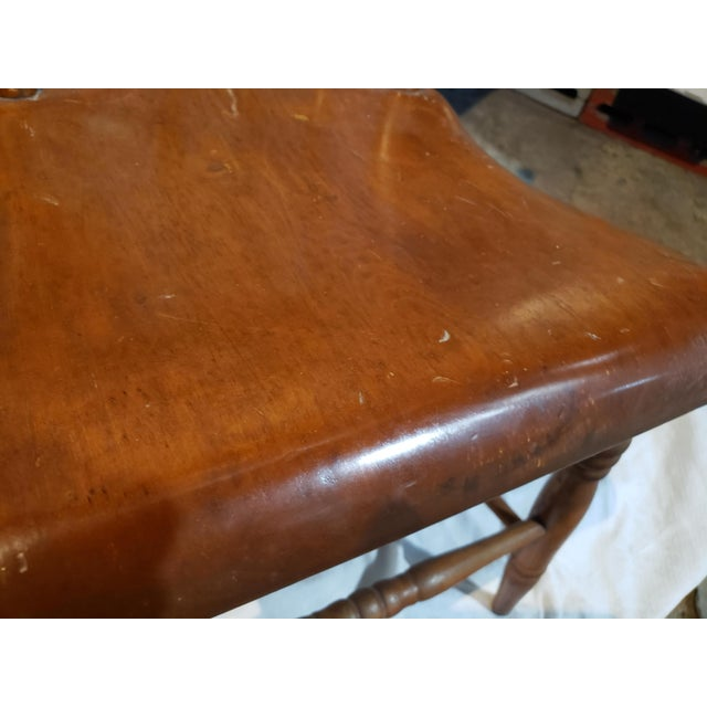 Traditional 1825 Spindle Back Windsor Chair For Sale - Image 3 of 11