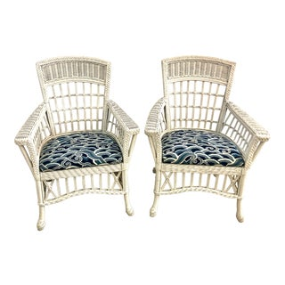 Pair of Antique Nantucket or Hamptons Style White Wicker Arm Chairs With Newly Reupholstered Blue Chinoiserie Seats For Sale
